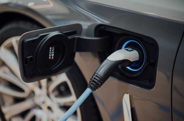 How GPS Fleet Tracking Works on Electric Vehicles